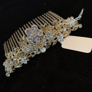 Accessories - 🆕🔥💎Light Blue Crystal Crown Hair Accessory